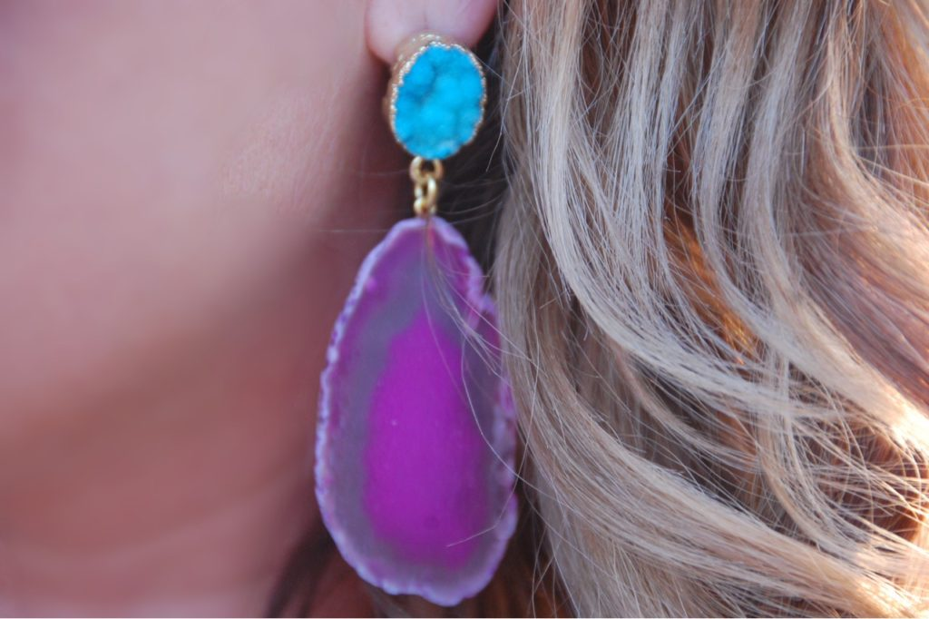 These geode drop earrings from Baublebar are my aboslute favorite and make any outfit pop