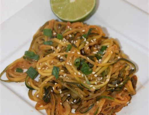 A low calorie take on Skinny Mom Pad Thai Zoodles