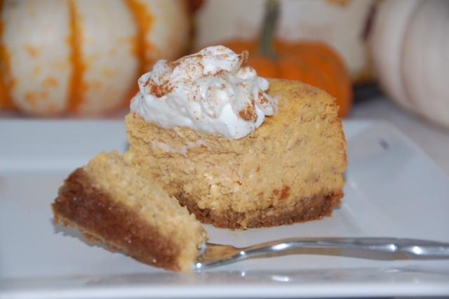 Pumpkin Roll Cake Paula Deen