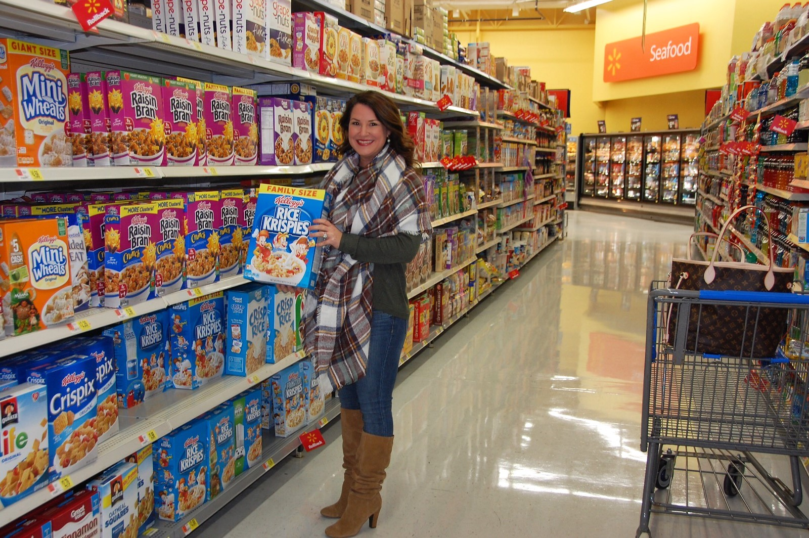 Kim Bishop in Wal Mart getting Rice Krispies for #cbias Holiday Treat Making