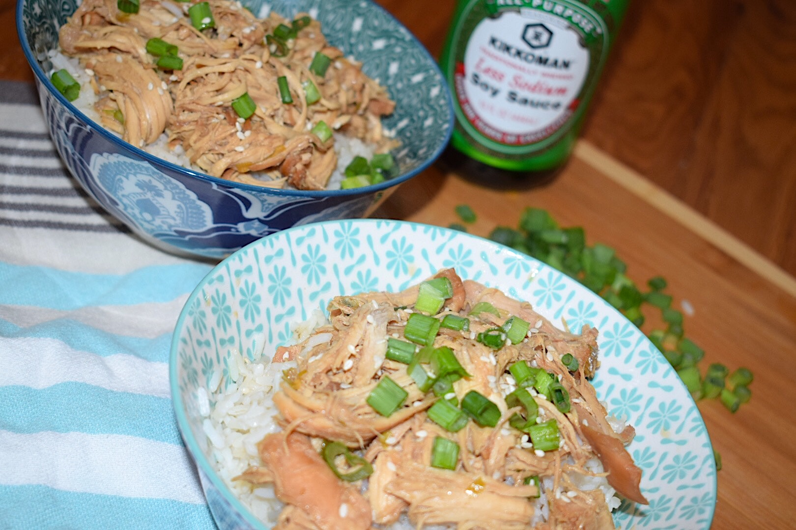 Kikkoman Crockpot Soy Sauce Chicken with rice bowls