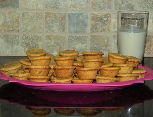 Banana Muffins - Mini Muffins - Cake - Almond Milk