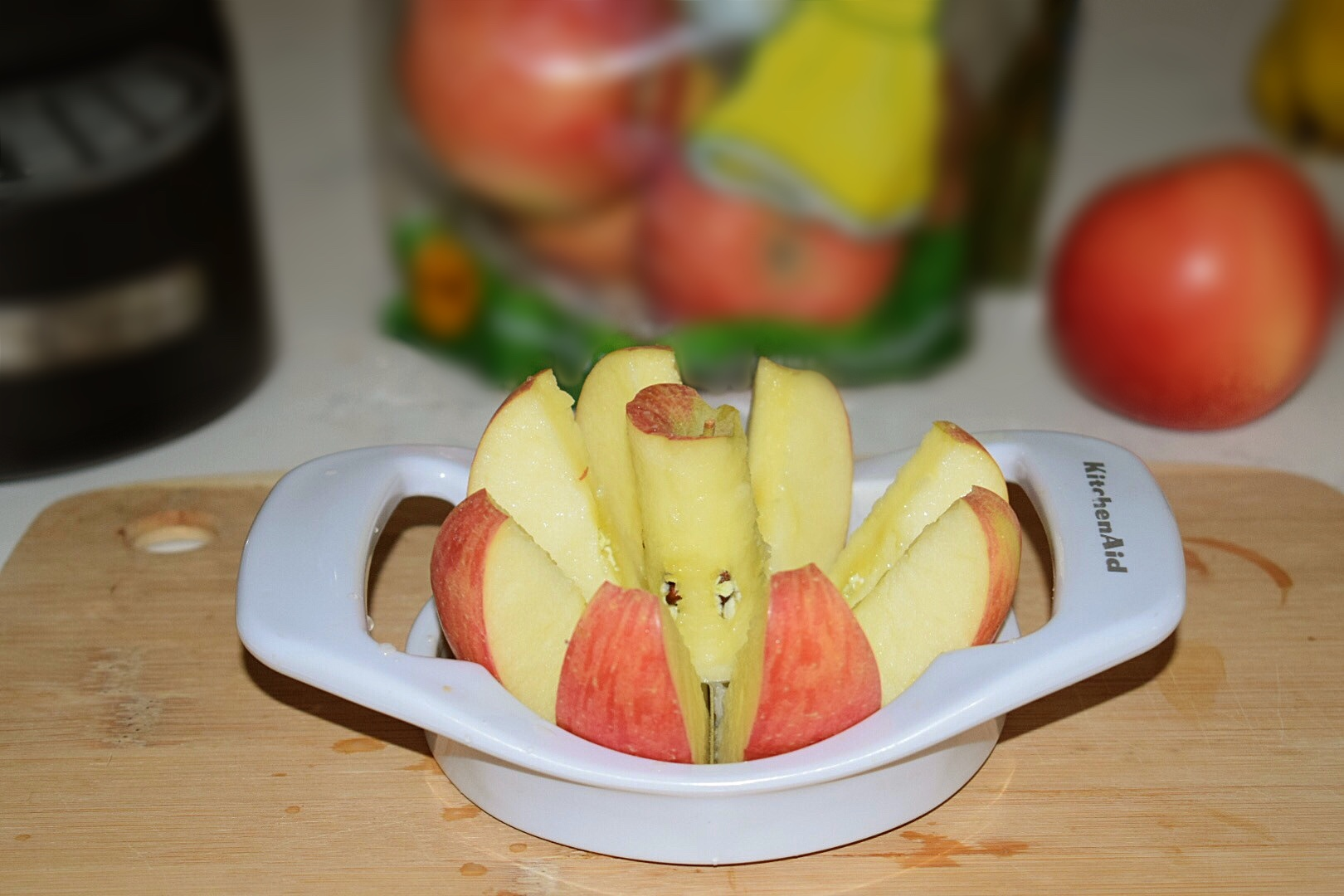 KitchenAid Apple Slicer and Corer makes slicing and coring apples so easy